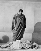 Julius Caesars mantel